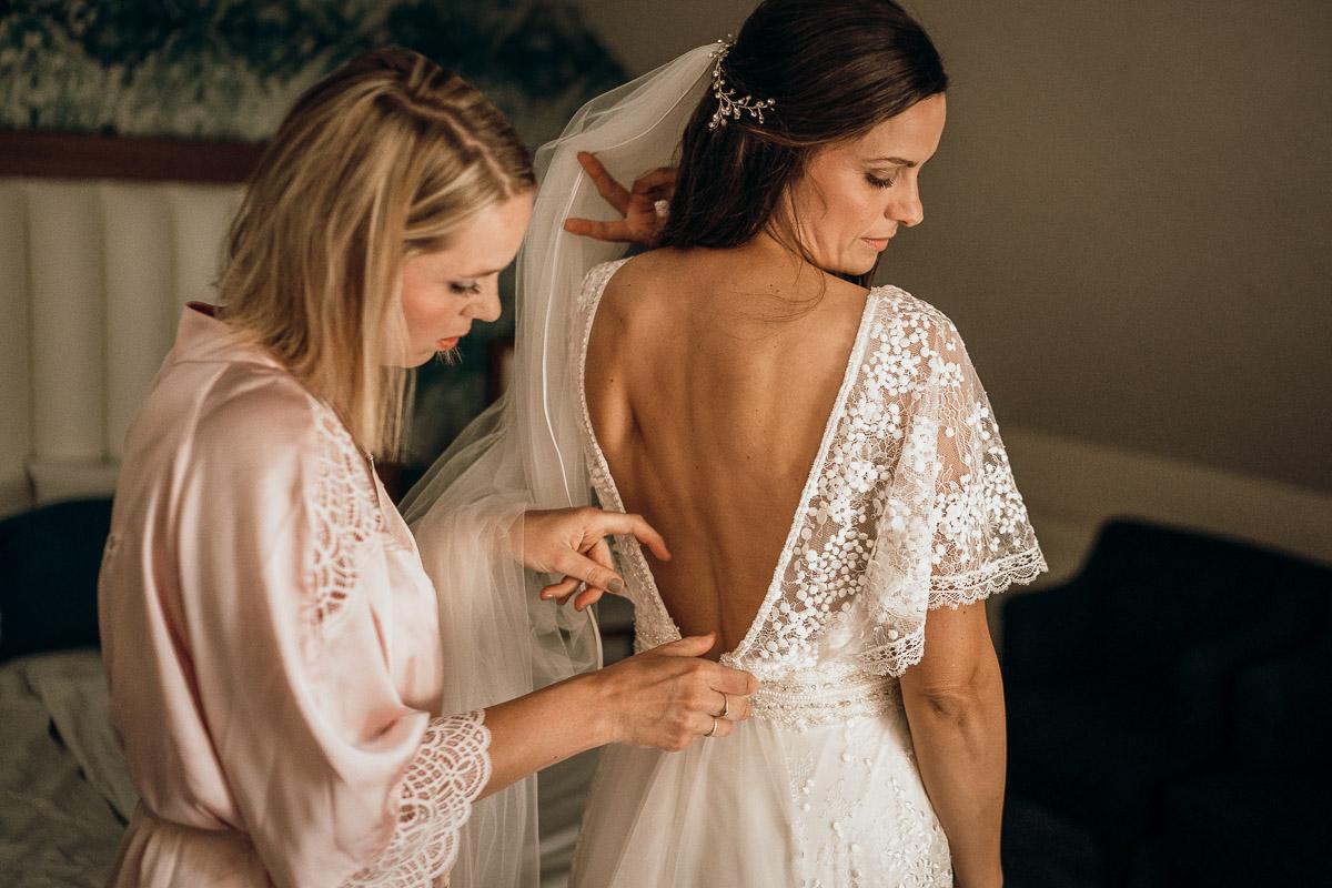 getting ready Hochzeitsfotograf niedersachsen hotel heidegrund