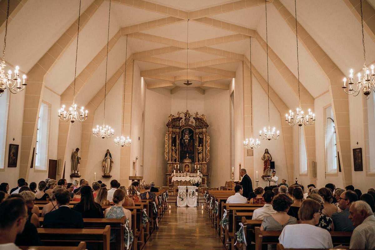 Kirche hochzeitsfotografie Niedersachsen